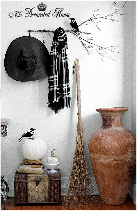 Halloween Decorating - Elegant Black and White - The Decorated House