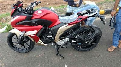 2017 Yamaha Fazer 250 (Fazer 25) side view