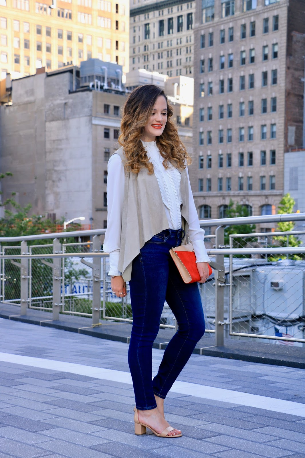 Nyc fashion blogger Kathleen Harper in fall fashion