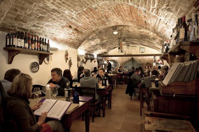 Ristorante La Taverna di San Giuseppe em Siena