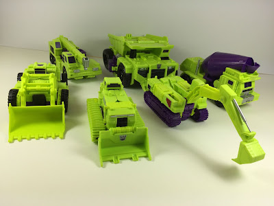 transformers combiner wars constructicons vehicles