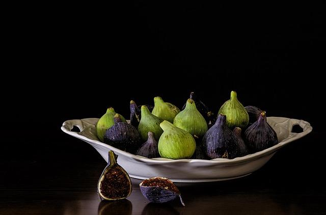 buah  tin ungu