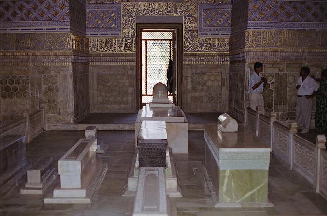Ouzbékistan, Samarcande, Mausolée Gour Emir, © Louis Gigout, 1999