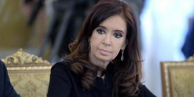 Ordenan reapertura de investigación contra CFK por caso AMIA