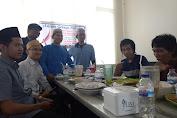Pulang Ceramah di Freeport, Ustadz Asmar Lambo Halal Bi Halal dan Berbagi
