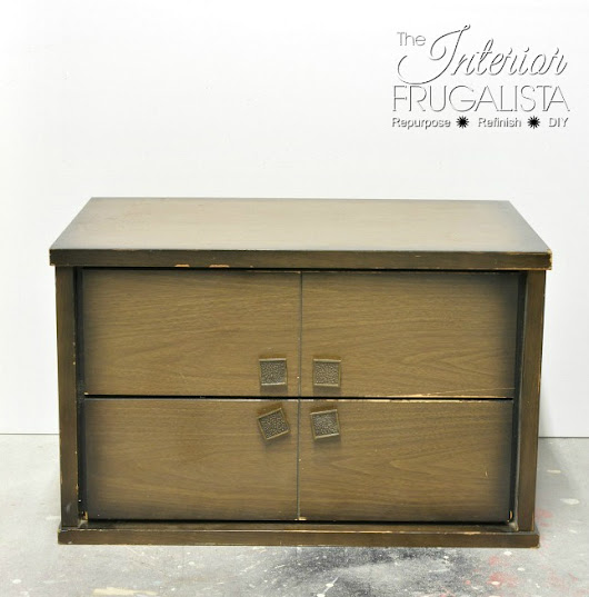 The Small Mid-Century Modern Cabinet that had no legs