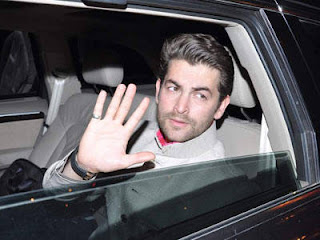 Neil-Nitin-Mukesh-waves-from-his-car-as-he-enters-the-venue-of-Big-Bs-Diwali-bash-held-in-Mumbai