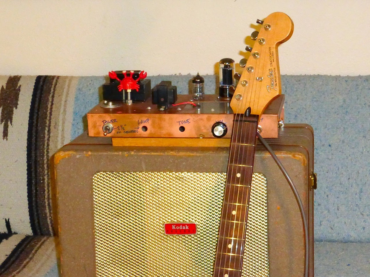 home made guitar amp, project, Strat, tube, tubes, Kodak speaker cab, 6V6