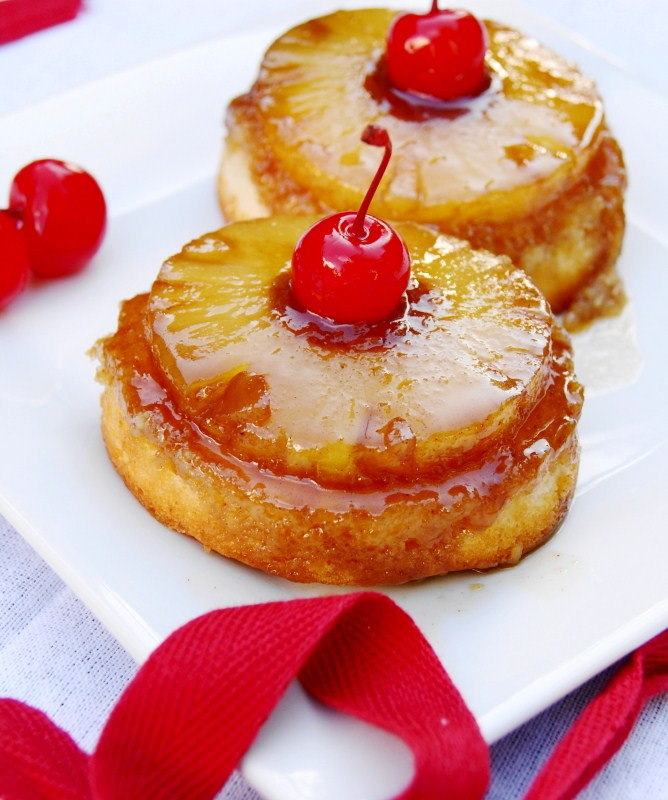 Pineapple Upside-Down Cupcakes {2 Sizes}