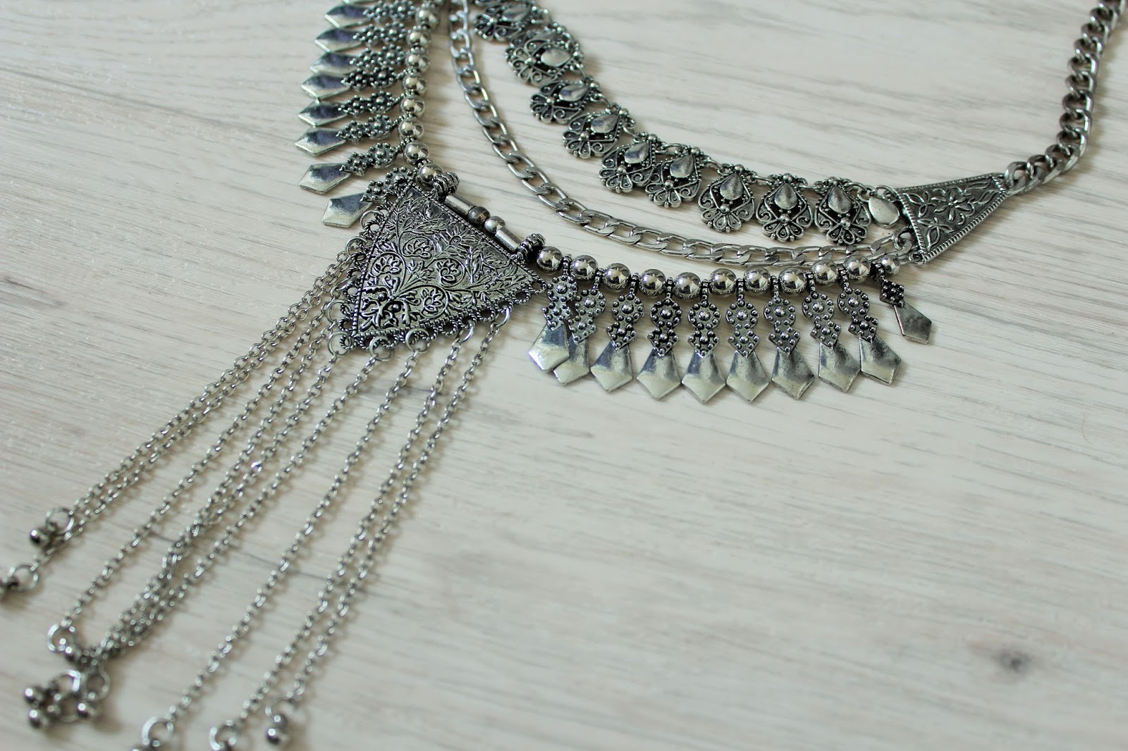 Statement necklace from Happiness Boutique