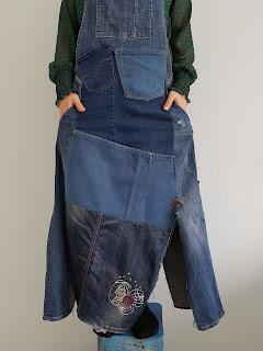 Heidididit - ompeluohje. Farkkujen uusiokäyttö. Lappuhaalarihame.
