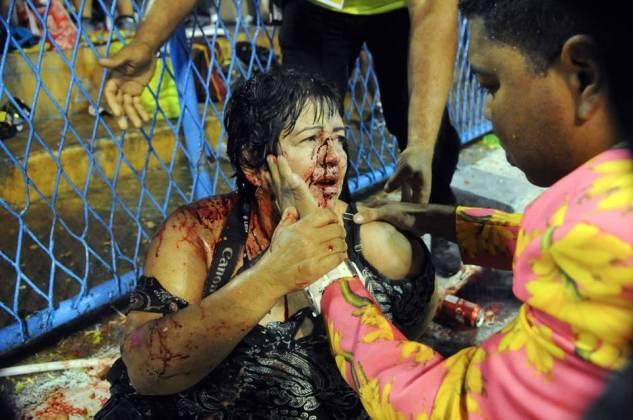 Imagens Fortes Vítimas de acidente na Sapucaí