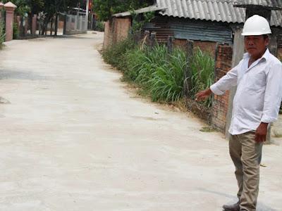 Một mình đóng góp hơn 200 triệu đồng làm đường