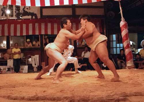 「相撲 立会い ぶちかまし」の画像検索結果