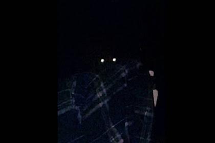 Mata yang Mengintai Permainan Horor