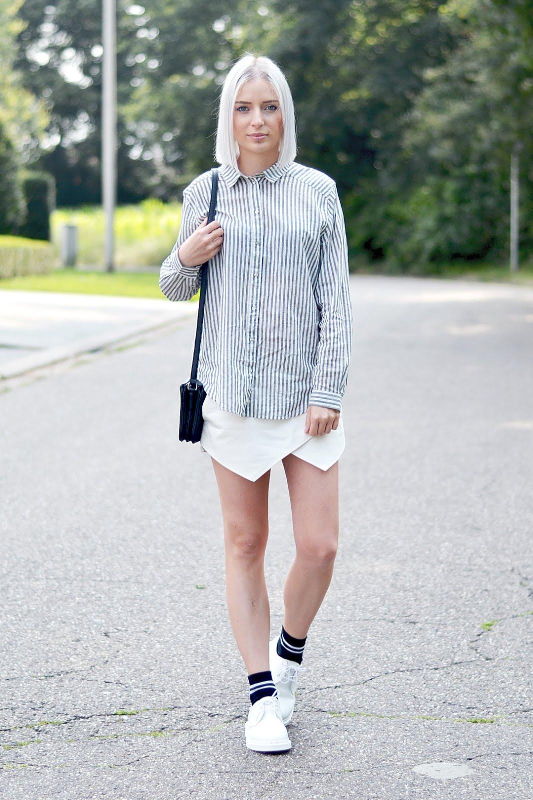 Mono white dr martens, grey striped shirt, zara skorts, sport socks, ootd