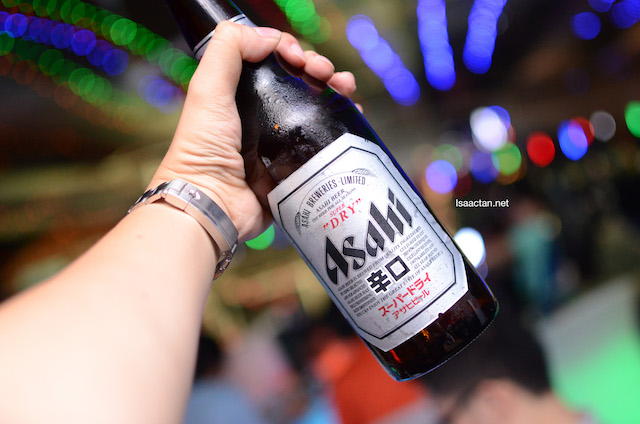 A bottle of Asahi beer for you sir?