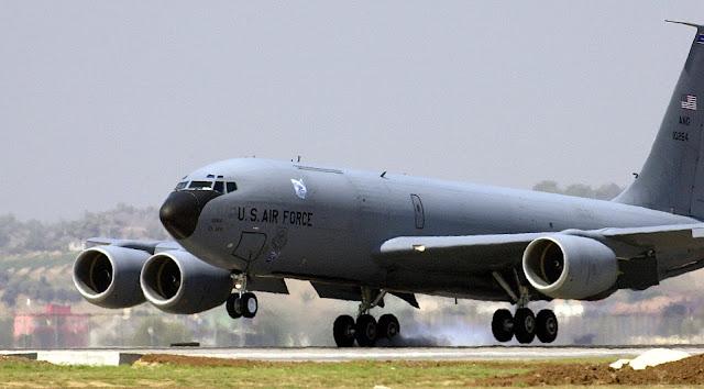 Boeing KC-135R Stratotanker İncirlik hava üssüne iniş yapıyor... | İncirlik, Adana