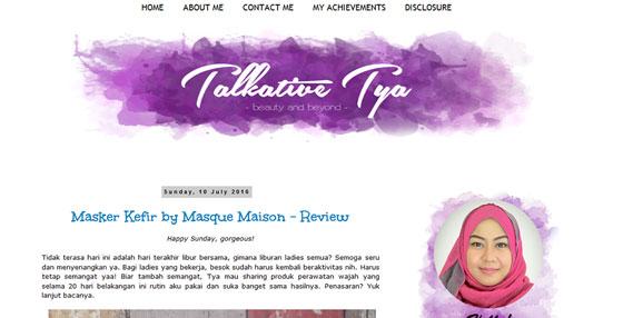 daftar blog situs kecantikan beauty blogger vlogger lokal indonesia terkenal artis selebgram youtuber cakep cantik sukses tips korea jepang produk makeup kosmetik artist mua kelebihan kelemahan menjadi gaya hidup lifestyles hijabers muslimah media partner luar negeri sponsorship kerjasama fashion