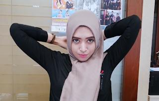 Hijab Tutorial Segi Empat Saat Setelah Istirahat Di Kantor