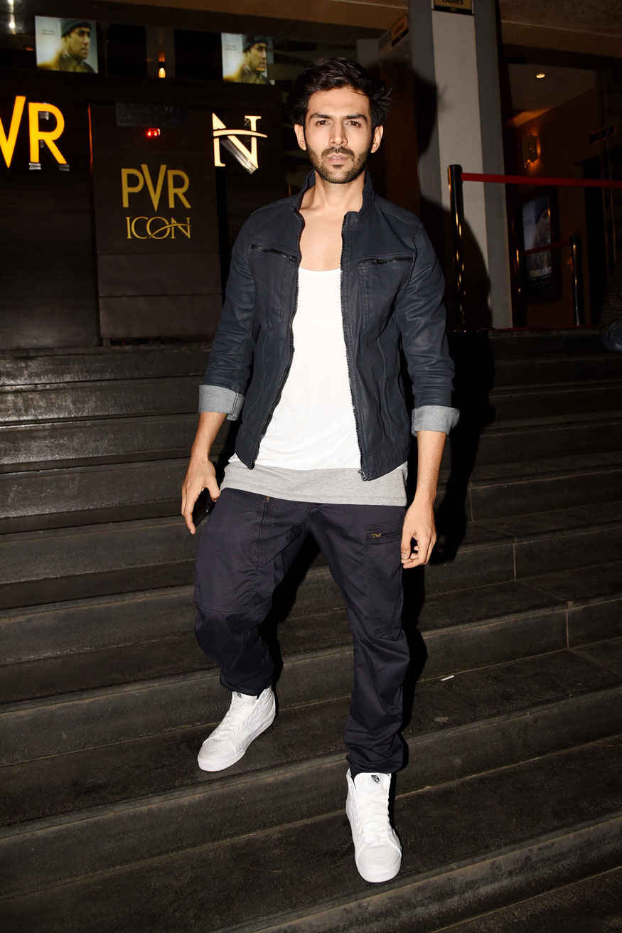 Neha Dhupia and Kartik Aaryan Screening of 'Tubelight' at PVR - ICON Infiniti In Versova