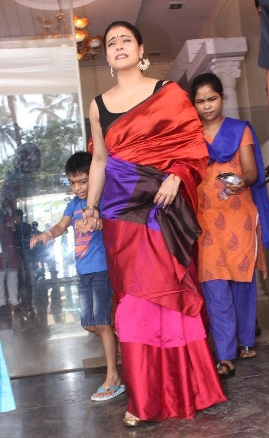 Beautiful Hindi Actress Kajol Stills In Traditional Red Saree