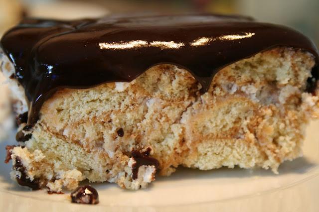 bisküviden kolay pasta yapımı