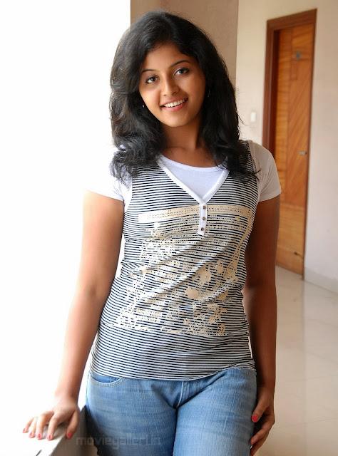 Anjali hot hd stills latest