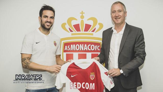 Resmi Cesc Fabregas Berkostum Monaco