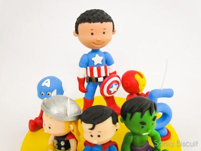 Biscuit Herois Lembrancinha Topo de Bolo Cubos Marvel DC Hulk Mulher Maravilha Super Homem Thor Capitão America Homem de Ferro