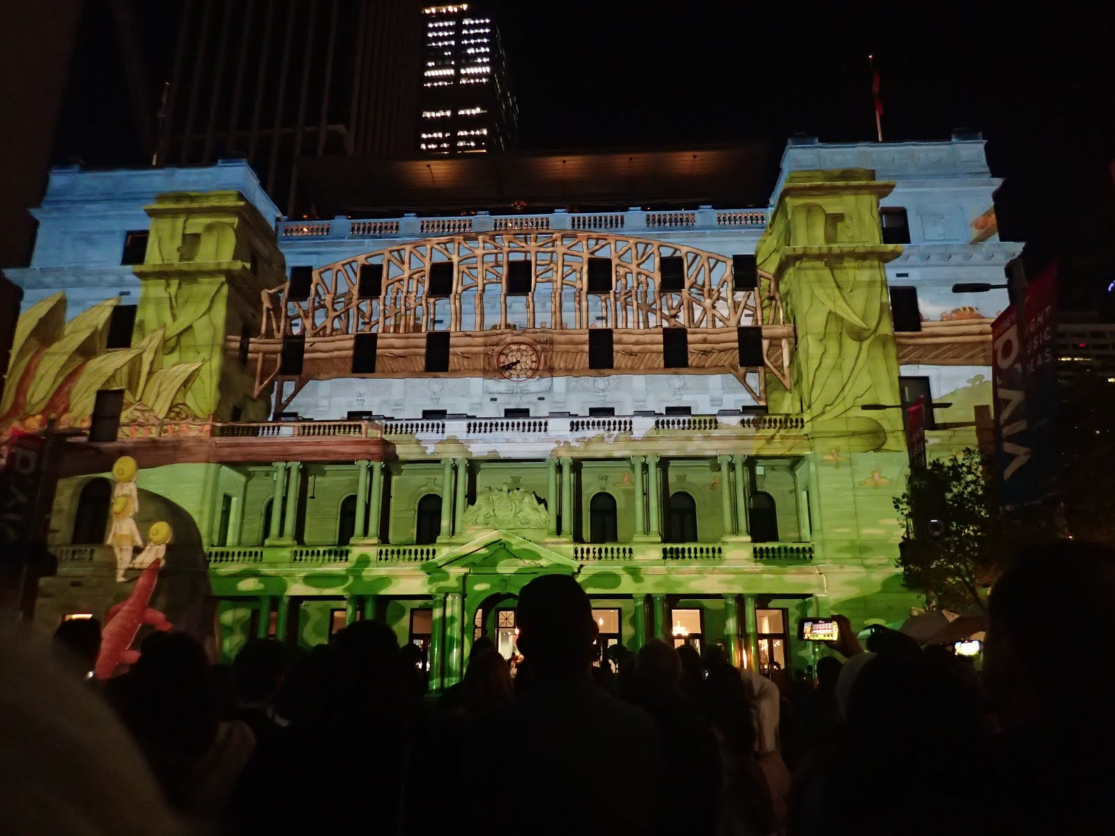 The Gumnut Babies; story projected onto the Customhouse Building, Circular Quay - Vivid Sydney