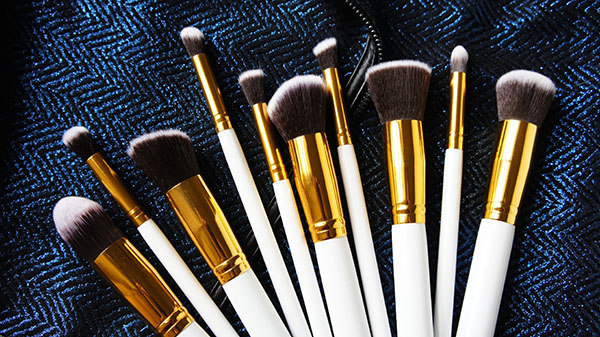 Synthetic Makeup Brushes, Makeup Brushes, White Gold Makeup Brushes, Soft Synthetic Makeup Brush Set, Contour Brushes, Affordable Brushes, Cheap Brushes, Good Quality Brushes, Inmazing.com, Lazada