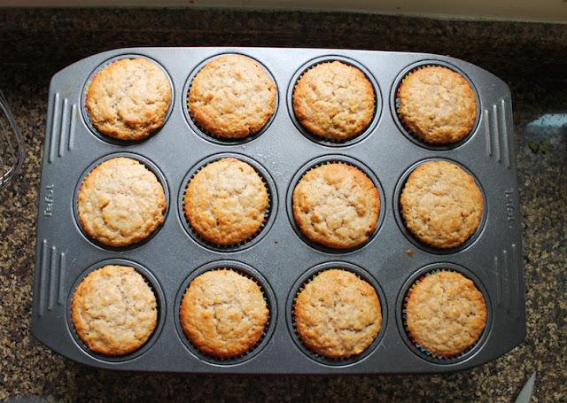 Food Lust People Love: Apple Oatmeal Muffins