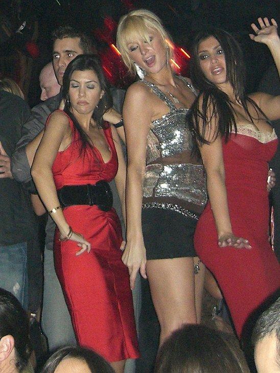 Paris hilton lesbian pics