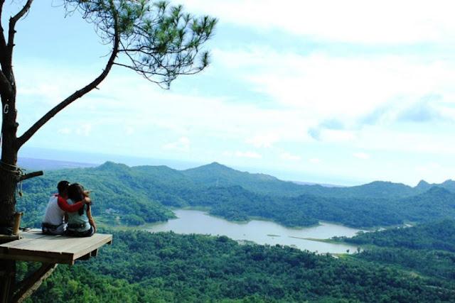 Wisata Kalibiru di Kulon Progo.