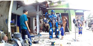 KEREN !! Kostum Cosplay BumbleBee Transformer Bikininan Indonesia