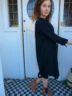 http://www.jdwilliams.co.uk/shop/button-sleeve-shirt-dress/iz004/product/details/show.action?pdBoUid=3811#colour:,size: