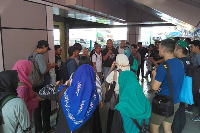 Titik kumpul di Stasiun Sawah Besar