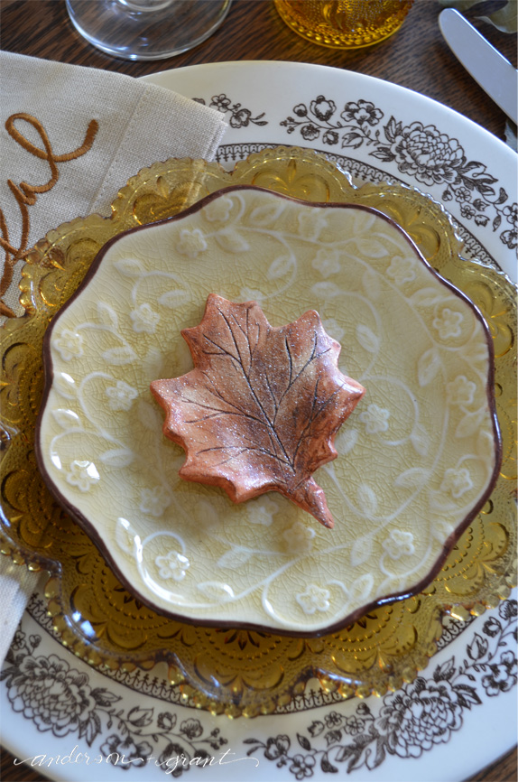 Beautiful clay leaf as a favor for your Thanksgiving dinner guests | anderson + grant