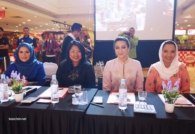 Judges at the Pencarian Wanita Melayu 2016 Finals