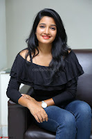 Deepthi Shetty looks super cute in off shoulder top and jeans ~  Exclusive 32.JPG