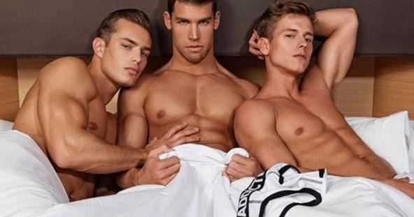 Entre sábanas... TrioTogayther