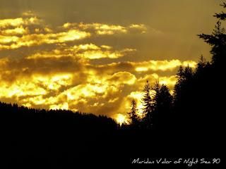 Golden sunrise over Idaho mountains #Idahome #Idaho #mountains