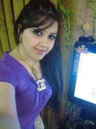 بحرينية ميسورة الحال من عائلة معروفة ابحث عن زوج مناسب