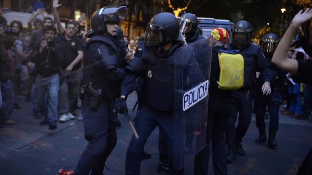 España envía policías adicionales para bloquear referendo catalán