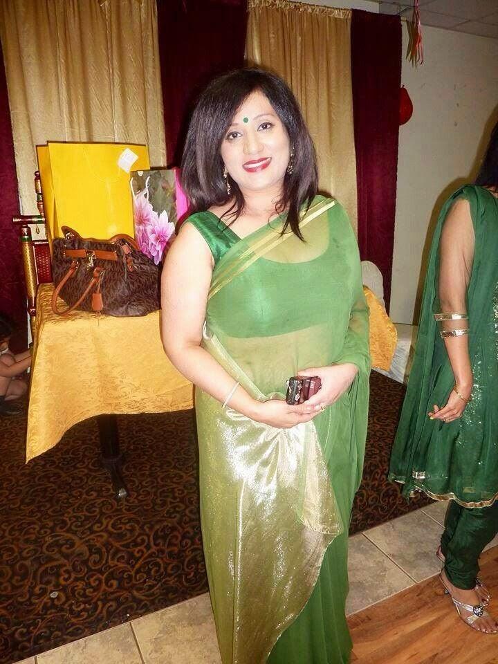 Desi Bhabhi Hot Pics Hot Indian Aunty - Oh Puhlease-9293