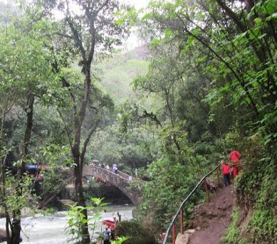 La Tzararacua, Waterfalls in Michoacán