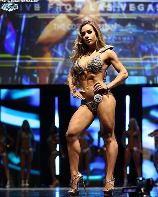 Rebecca Ferrari WBFF PRO