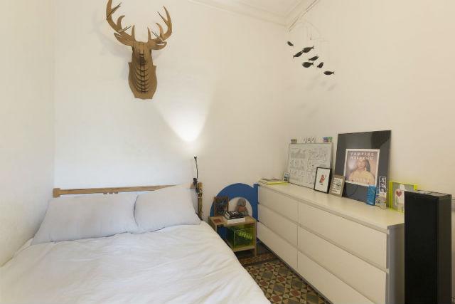 dormitorio de un piso de alquiler