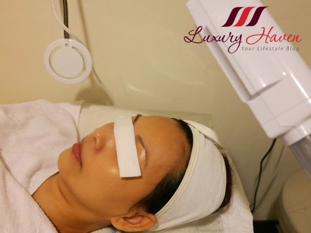 facial therapy at eha clinic singapore